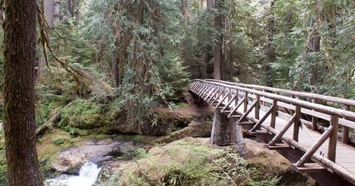 Hiking The Northwest: Bagby Hot Springs