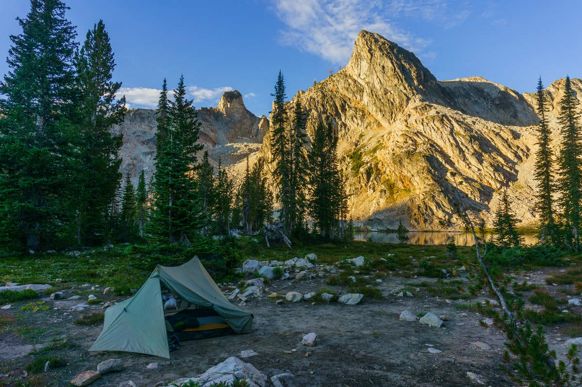 Should You Buy a Synthetic or Down Sleeping Bag?