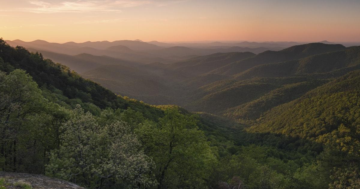 Hike the Appalachian Trail to Preachers Rock, Woody Gap ...