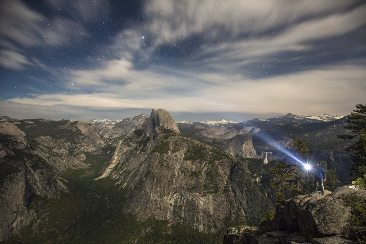 5 Spots for Epic Stargazing in Yosemite National Park