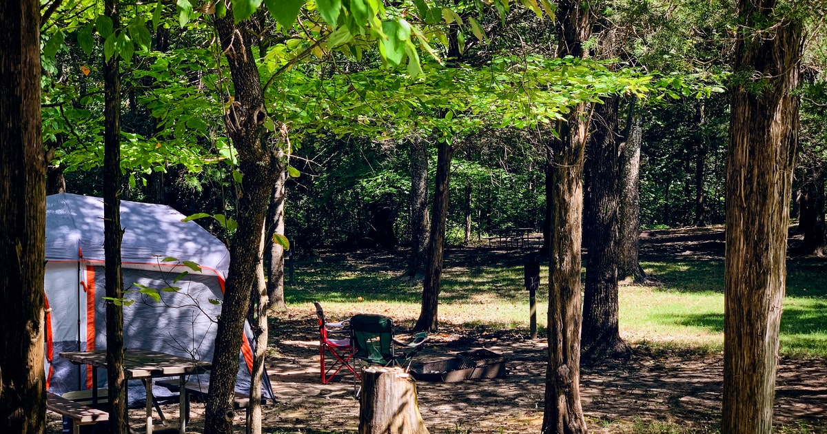 Camp at Giant City State Park Campground, Makanda, Illinois