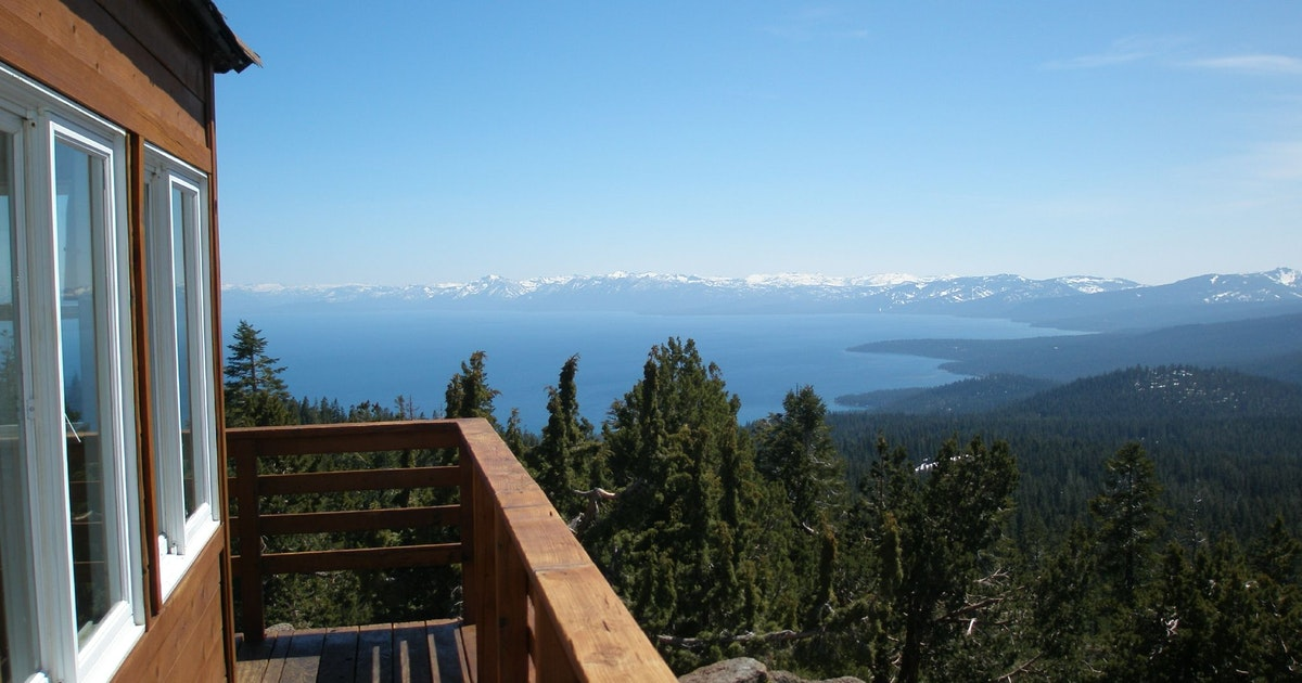 Hike to the Martis Peak Fire Lookout , Brockway Summit Tahoe