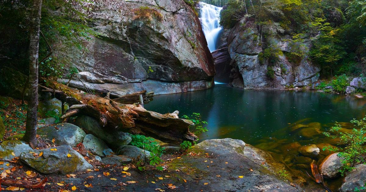 Hike To Paradise Falls North Carolina