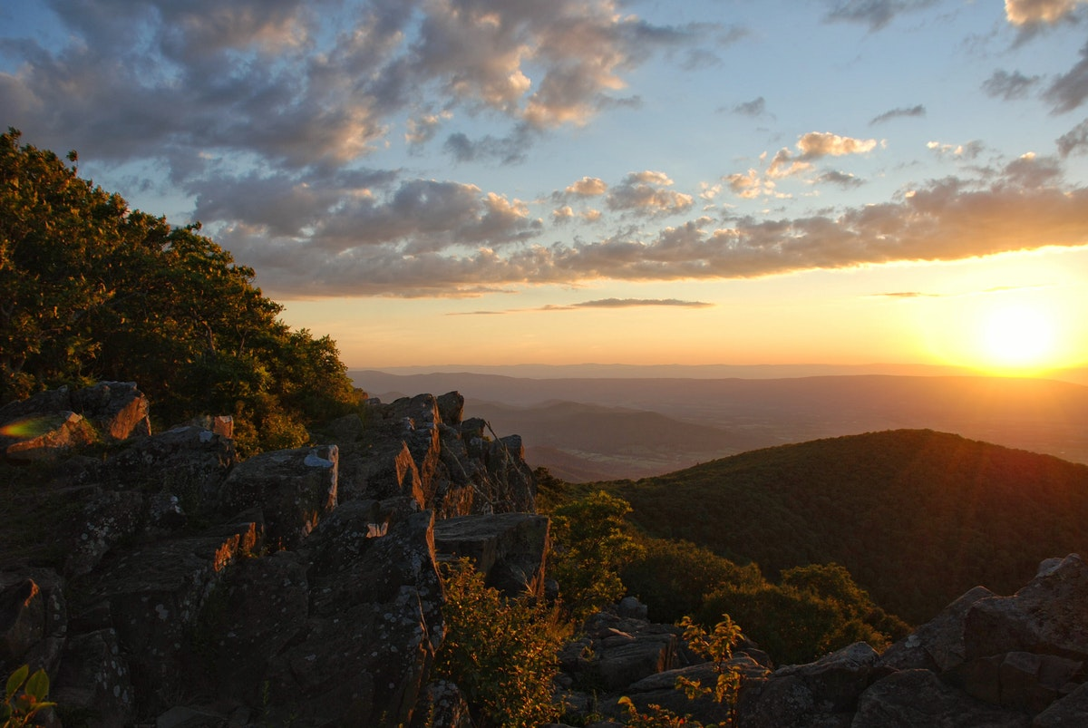 The 7 Best Hikes In Shenandoah National Park