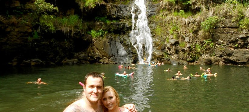 hike to bottom of wailua falls