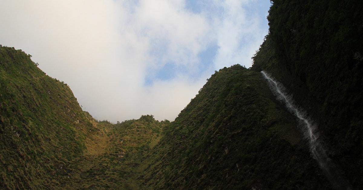 Backpack to Hanakoa Valley, Kalalau Trail