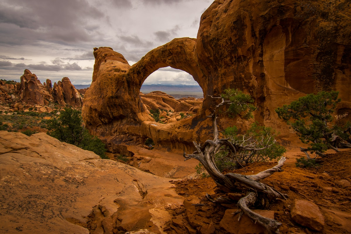 Hike Devils Garden Primitive Loop In Arches Utah