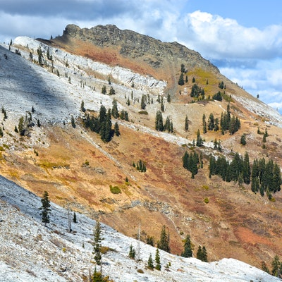 Backpack The Sky High Lakes In The Marble Mountains Lover