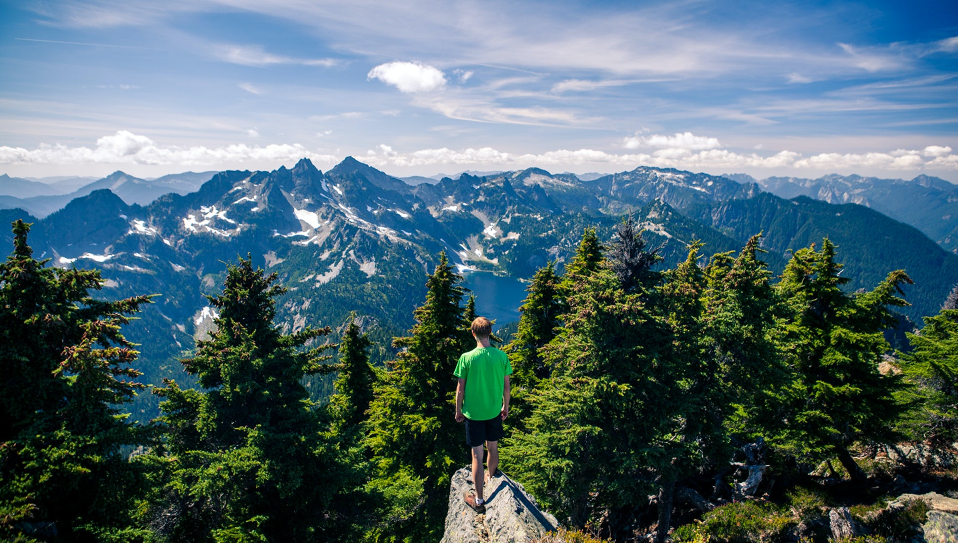 10 Spectacular Hikes In Washington's Snoqualmie Pass