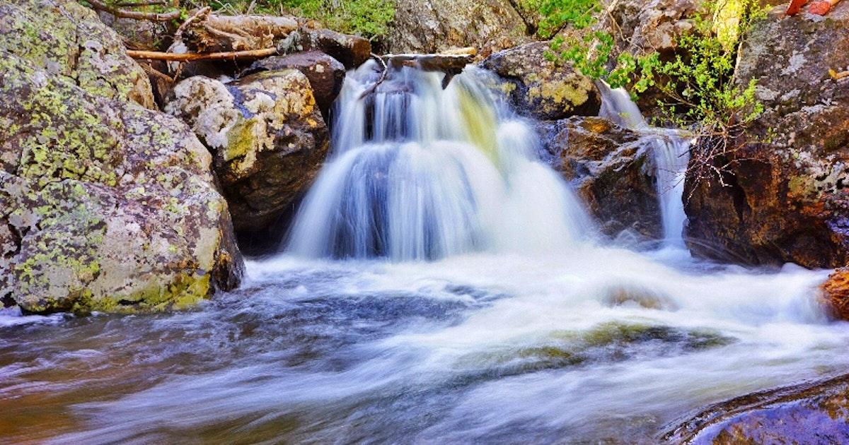 Hike fish creek falls in steamboat springs colorado for Fish creek falls