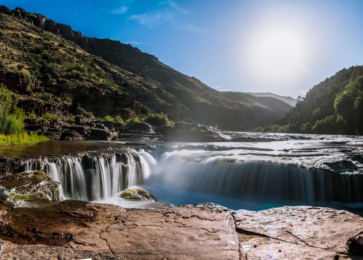 Hike Apache Falls